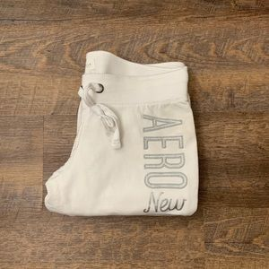 Aeropostale | White Fitted Sweat Pants